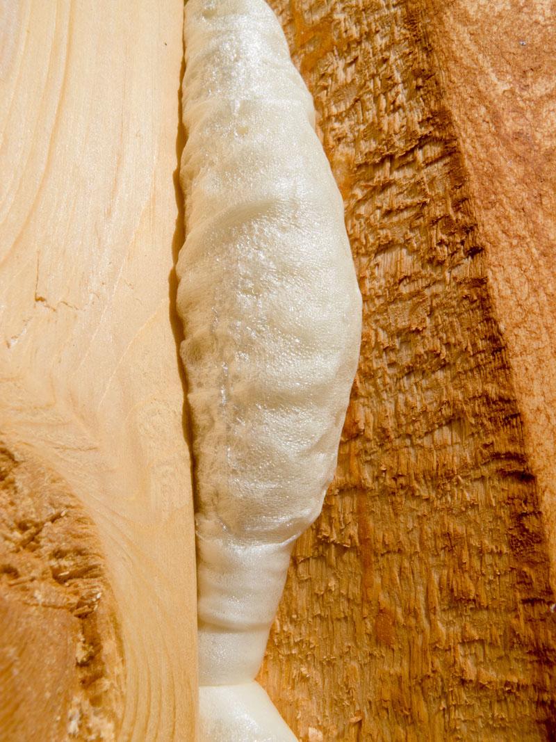 Pianka PUR - ocieplanie drewna